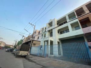 For RentFactoryMahachai Samut Sakhon : Warehouse / factory for rent + 2 kane with office, 652 sq m, Rama 2, Samut Sakhon