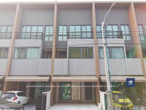 For SaleTownhouseRathburana, Suksawat : Baan Klang Muang Sathorn-Suksawat, very beautiful house with built-in furniture, ready to move in near Suksawat main road near Bhumibol Bridge Expressway Kanchanaphisek Ring Road and Tao Poon - Rat Burana Line, only 6.1 million