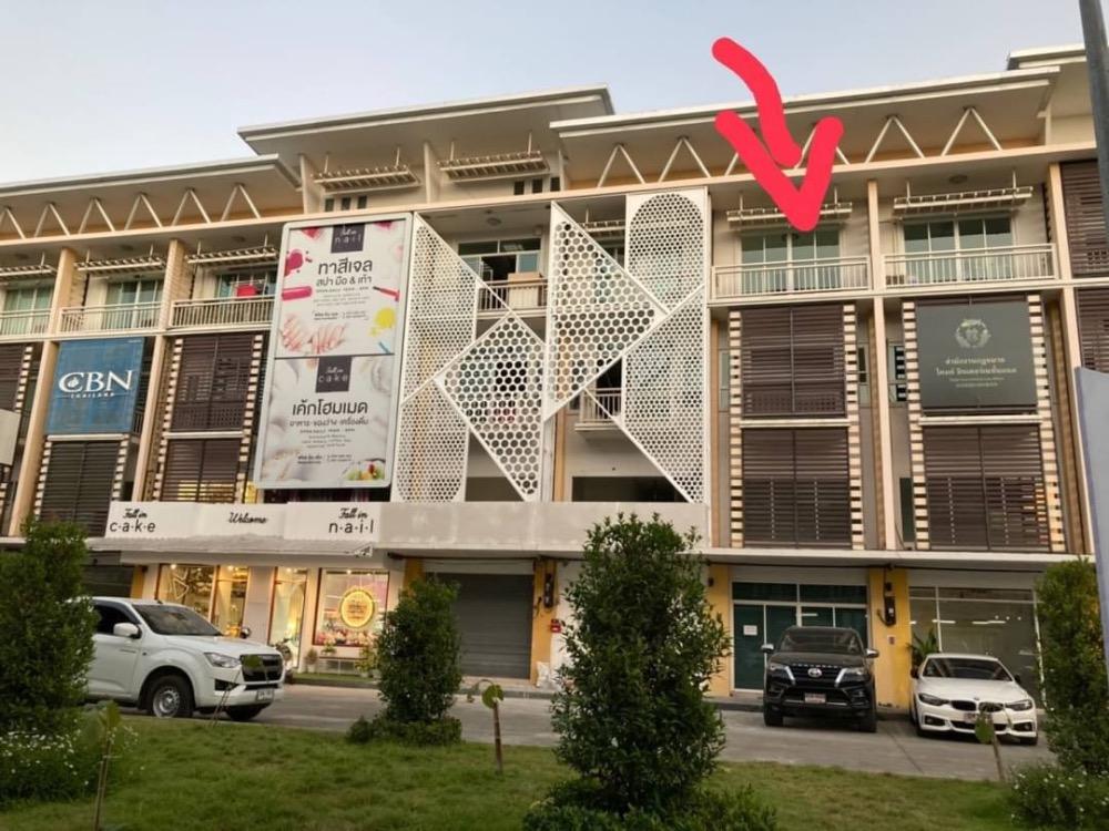 เช่าตึกแถว อาคารพาณิชย์เชียงใหม่ : ให้เช่าด่วน !! อาคารพานิช 3 ชั้นคึ่ง 3 นอน 4 น้ำ โครงการ  Star Avenue 3 Viva Terrace  เชียงใหม่ ทำเลดี!! สนใจติดต่อ 082-3223695 🔥🔥