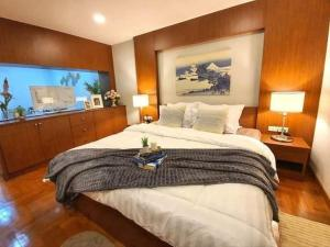 For RentCondoSukhumvit, Asoke, Thonglor : For rent Rin House near BTS Phrom Phong, good view.