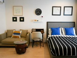 For RentCondoThaphra, Talat Phlu, Wutthakat : For rent  Ideo Sathorn - Thapra  Studio, size 24 sq.m., Beautiful room, fully furnished.
