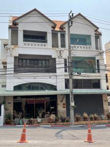 For SaleShophouseBangna, Lasalle, Bearing : Urgent sale! 2 commercial buildings, prime location on Srinakarin Road, next to Sri Bearing Station