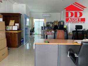 For RentTownhouseRamkhamhaeng,Min Buri, Romklao : For Rent 3-storey home office, Romklao Trio project, next to the road, near Big C, Suvarnabhumi Airport, Minburi Market, new home office Ready to move in