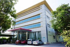 เช่าโกดังลาดกระบัง สุวรรณภูมิ : ให้เช่า อาคารสำนักงาน พร้อมคลังสินค้าในตัว 1,328 ตรม. ย่านลาดกระบัง ใกล้สนามบินสุวรรณภูมิ