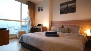 For RentCondoRatchadapisek, Huaikwang, Suttisan : [Owner of the post] Condo for rent Rhythm Huaikwang 1 bedroom (46 m2) corner room next to MRT Huai Khwang 22,000 baht / month !!
