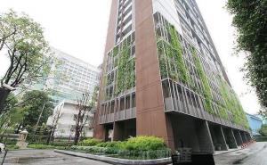 For RentCondoSukhumvit, Asoke, Thonglor : The Lofts Ekkamai 1bedroom big sizing 35 sqm Ready to move in