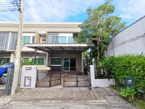 For SaleTownhouseRama 2, Bang Khun Thian : Villaggio Rama 2, a livable project from Land&House, a private corner plot, complete additions, 2.4 million, installments only 13,xxx baht
