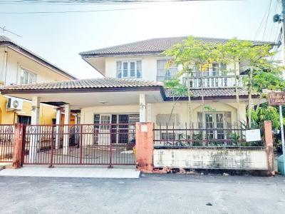 For SaleHouseBangbuathong, Sainoi : 2 storey detached house for sale, behind the corner of Buathong Thani Park village