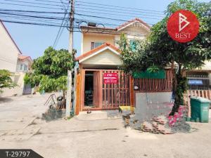 For SaleTownhouseBang Sue, Wong Sawang : Cheap 2-storey townhouse for sale, Pisan Thian Talay Village, 20 rooms, Rim Pisan Project, 1 Tian Talay 20, Rama 2, Bangkok.