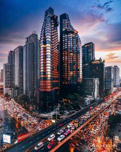 For RentCondoRama9, RCA, Petchaburi : Ashton Asoke-Rama 9 – MRT  Phra Ram 9 290 meters – Unit 40 Sq.m 12407