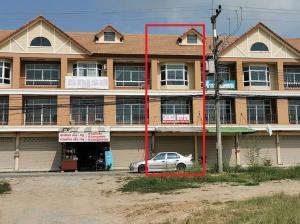For RentShophousePattaya, Bangsaen, Chonburi : Three storey commercial building in EEC