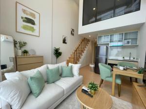 เช่าคอนโดสุขุมวิท อโศก ทองหล่อ : Hot Deal! MARU Ekkamai 2 (มารุ เอกมัย 2) 1 Bedrooms Duplex!!! Pet Welcome 🐶🐱