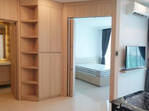 For RentCondoPattaya, Bangsaen, Chonburi : For rent City Garden Tower Pattaya. 30-storey luxury condominium