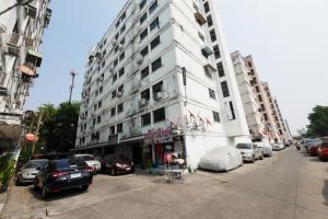 ขายคอนโดลาดพร้าว101 แฮปปี้แลนด์ : ขายคอนโด เอช.อาร์.เรซิเดนซ์ ชั้น 6 ตึก G ถนนแฮปปี้แลนด์ เขตบางกะปิ 10240
