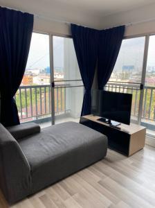 For RentCondoChengwatana, Muangthong : Corner room for rent, The Key Chaengwattana Condo, The Key Chaengwattana Near the up and down point Chaengwattana Expressway, Khlong Prapa, Master of Business Administration University And Muang Thong Thani