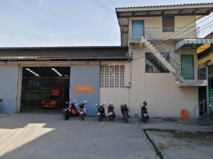 เช่าโรงงานราษฎร์บูรณะ สุขสวัสดิ์ : For Rent ให้เช่าโกดัง โรงงาน พร้อมสำนักงาน พร้อมที่พักคน พื้นที่ 800 ตารางเมตร สภาพดี ถนนสุขสวัสดิ์ พระประแดง เข้าซอยไม่ลึก ทำเลดี รถใหญ่เข้าออกได้