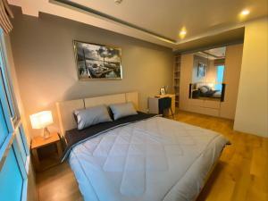 เช่าคอนโดสุขุมวิท อโศก ทองหล่อ : For Rent 租赁式公寓  Beverly 33  1bed 40sq.m. 20,000 THB Tel. 065-9899065