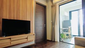 ขายคอนโดสุขุมวิท อโศก ทองหล่อ : ขายคอนโด คอนโดมิเนียม คอนโดมือสอง ที่ C เอกมัย 1 Bedroom 27.74 ตร.ม.