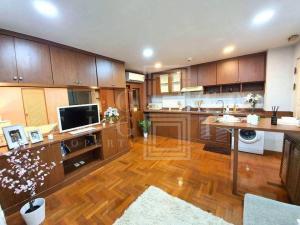 เช่าคอนโดสุขุมวิท อโศก ทองหล่อ : For Rent Rin House (Sukhumvit 39) (45 sqm.)