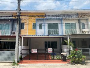 For SaleTownhouseRamkhamhaeng,Min Buri, Romklao : Sale: Townhome, The Connect Village