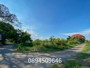 For SaleLandRamkhamhaeng,Min Buri, Romklao : Land for sale, Lam Toi Ting Nong Chok, size 1 rai 3 ngan 97 sq m. Near the main road with an entrance and exit