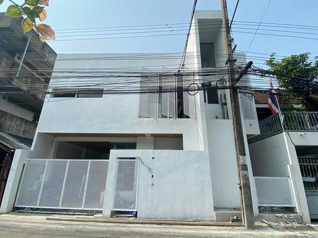 For RentTownhouseOnnut, Udomsuk : Rent a new 2-storey home office Soi Sukhumvit 97, near BTS Bang Chak