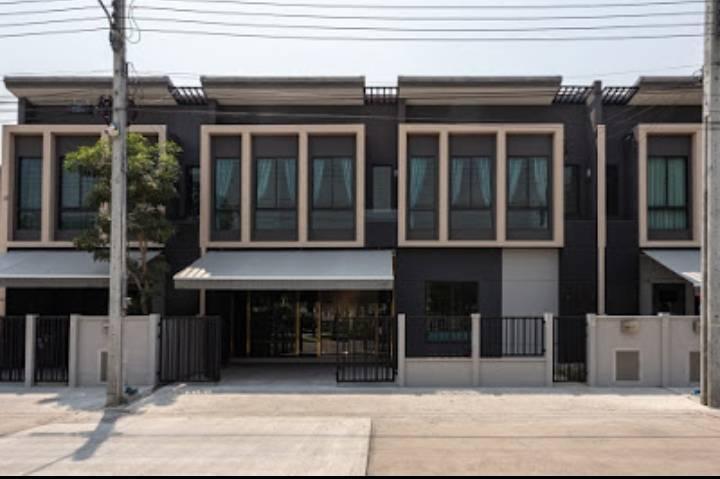 For RentTownhouseBangna, Lasalle, Bearing : 2 storey townhome for rent, Bangna area, near Mega Bangna, Pleno, Sukhumvit - Bangna Km.7, beautiful decoration.