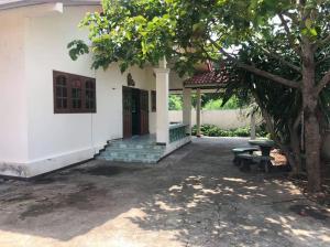 ขายบ้านกาญจนบุรี : ่ขายบ้านเดี่ยว 100 ตรว สวยอยู่สบาย