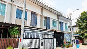 For SaleTownhouseSamrong, Samut Prakan : 2-storey townhouse ready to move in, Pruksa Ville 78 Srinakarin-Thepharak project.