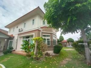 For SaleHouseSamrong, Samut Prakan : ⭐🚩 House for sale Village Passorn 28 King Kaeo-Namdaeng It is a house on Main Road opposite the clubhouse and garden of the village (H1095).