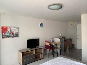 For RentCondoLadprao 48, Chokchai 4, Ladprao 71 : Condo for rent, Family Park Ladprao 48, good price, ready to move in 😀