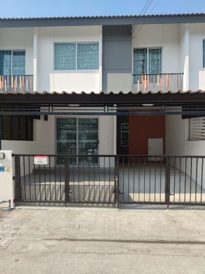 For SaleTownhouseRangsit, Patumtani : 2 storey townhome for sale Pruksa 107 Project Tiwanon-Rangsit Along the canal