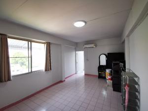 For SaleCondoSukhumvit, Asoke, Thonglor : Condo 5 hundred thousand BTS Bangchak. Air furniture, new room. Installment Bank 3000 Or installment owner 4500 0909897810
