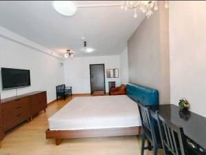 For SaleCondoRama9, RCA, Petchaburi : FOR SELL !!! Supalai Park Ekkamai-Thonglor Studio with good furniture, special price