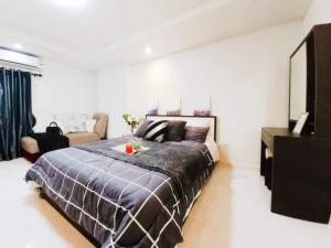 ขายคอนโดรัชดา ห้วยขวาง : N0194 ขายห้องสวยตกแต่งใหม่ Happy condo 18 ใกล้ mrt สุทธิสาร เดินทางสะดวกมาก โทร 0647464265