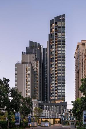 ขายคอนโดวงเวียนใหญ่ เจริญนคร : ขายคอนโดใหม่ใกล้สีลม !  ideo sathorn wongwian yai (ไอดีโอ สาทร วงเวียนใหญ่) 2 bed Combine 56.15 ตร.ม ราคา 6.89 ลบ ชั้นสูง คุ้มที่สุดในตึก