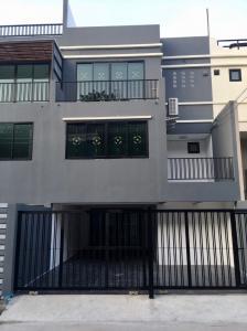 For RentOfficeLadprao 48, Chokchai 4, Ladprao 71 : Home office / office Ladprao 41 intersection 6-9 for rent.