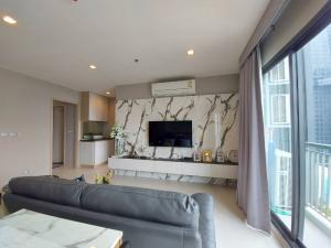 For SaleCondoSukhumvit, Asoke, Thonglor : Luxury condo for sale in Thonglor area, Rhythm Sukhumvit 36-38 (Rhythm Sukhumvit 36-38), 2 bedrooms size By AP Thailand * near BTS Thonglor 350 meters *
