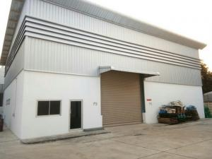 For RentWarehouseOnnut, Udomsuk : For rent, warehouse, office, size 300 sq m. Soi On Nut 17, near Pattanakarn