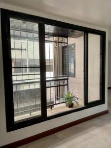 For RentHome OfficeNana, North Nana,Sukhumvit13, Soi Nana : Home Office for rent, 4 floors, Soi Nana, Sukhumvit Road 4, usable area 500 sq m. Near BTS Nana