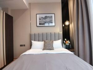 For RentCondoRama9, RCA, Petchaburi : For rent, Ashton Asoke-Rama 9, beautiful decoration, ready to move in, fully furnished, next to MRT Rama 9