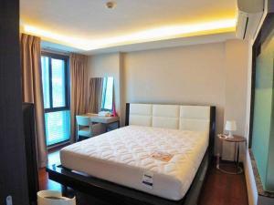 For SaleCondoSukhumvit, Asoke, Thonglor : Condo for sale, The Address Sukhumvit 61, size 47.37 sq.m., 5th floor, price 6.9 million, near BTS Ekkamai, very beautiful room, good location