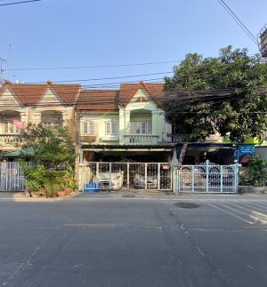 For SaleTownhouseBangna, Lasalle, Bearing : 2 storey townhouse for sale, 3 bedrooms, 2 bathrooms, size 23 square meters, width 6 meters, fully furnished.