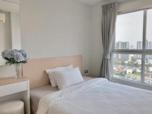 For RentCondoBang Sue, Wong Sawang : For rent, Rich Park Condo, Bang hidden, beautiful room, fully furnished, light price, inexpensive, good location, near Bang Son BTS station.