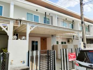 For RentShophouseChiang Mai : Townhouse for rent at Chang Khlan, close to Chiang Mai airport intersection