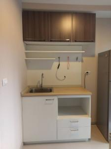For RentCondoKasetsart, Ratchayothin : Condo for rent, Privacy Ladprao, Sena. The best location room, corner room, not attached to any room The most private