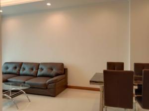 For RentCondoSukhumvit, Asoke, Thonglor : Supalai Oriental Sukhumvit 39 at MRT Phetchaburi and Prompong station for rent.