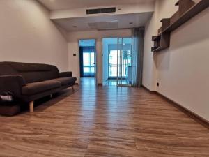 For RentCondoRatchadapisek, Huaikwang, Suttisan : Added ++ Beautiful room Supalai Wellington 2 Building 5, 9th floor, ready to move in.