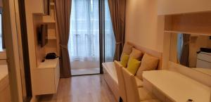 For RentCondoRama9, RCA, Petchaburi : 4409 Condo for rent Ideo Mobi Rama 9 [Ideo Mobi Rama 9] 1 Bed 1 Bathroom Floor 8 30.71 sq m. FH