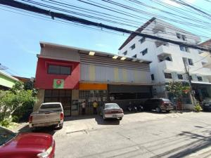 For RentWarehouseLadprao101, The Mall Bang Kapi : Rent a new warehouse with office Ramkhamhaeng 58, area 400 sq m. 100 sq m. Near the intersection of Lam Sali
